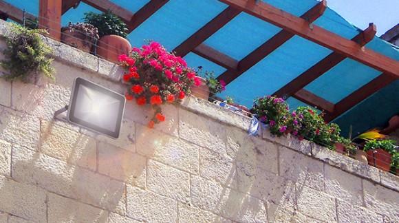 5 raisons de choisir un Projecteur extérieur ou intérieur à LED !